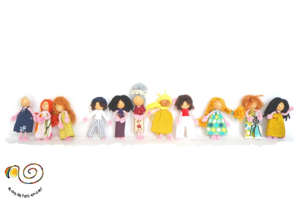 Figurines petites poupées pour créations